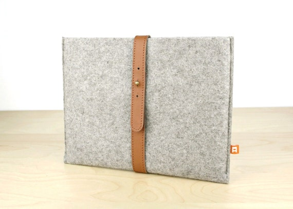 Reserved for Jamie - iPad Sleeve / Case (Dunbar) - Gray Wool Felt with Tan Brown Leather