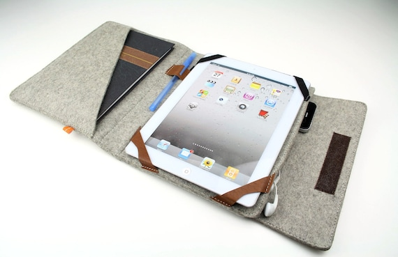 iPad Folio Case (Kitsilano) - Gray Wool Felt with Light Brown Leather