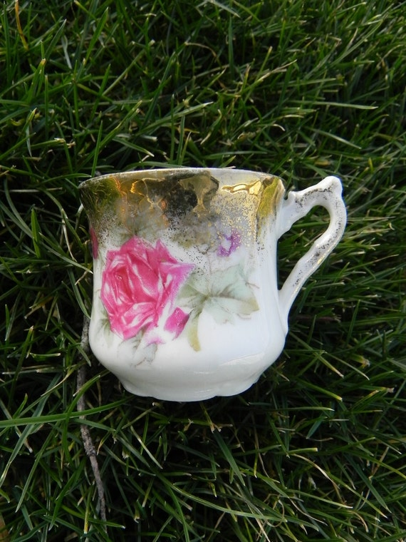 Small Teacup with Rose and Gold Trim