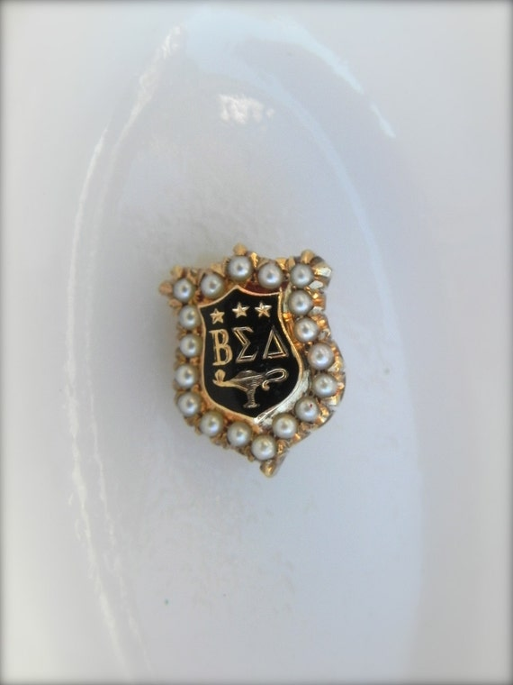 SALE Vintage Sorority Pin  Beta Sigma Delta 1923 BA,  14K Gold Pin, Vintage Brooch,  Pearl Detail, School Pin