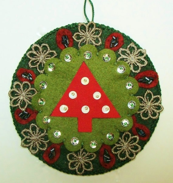"Christmas Ornament 4"" Round Wool Felt, Sequins, Beads"