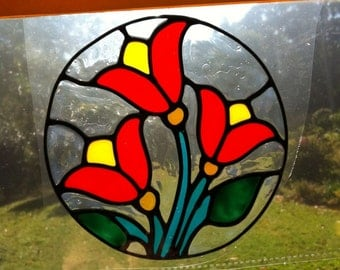 traditional red tulip circle  Suncatcher window sticker/decal stained glass style Sunshiner