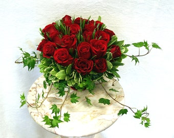 recreate this 2 dozen fresh red roses, pave' style in permanent botanicals