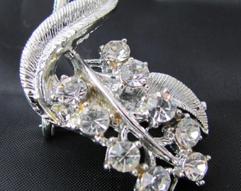 Vintage Silver brooch of Brilliant Crystal Branch with dazzling sparkle Wedding Fashion