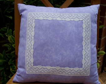 pillow with bobbin lace