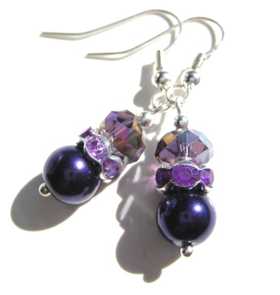 VIOLET PEARLS- GLass Beaded and Pearl Earrings