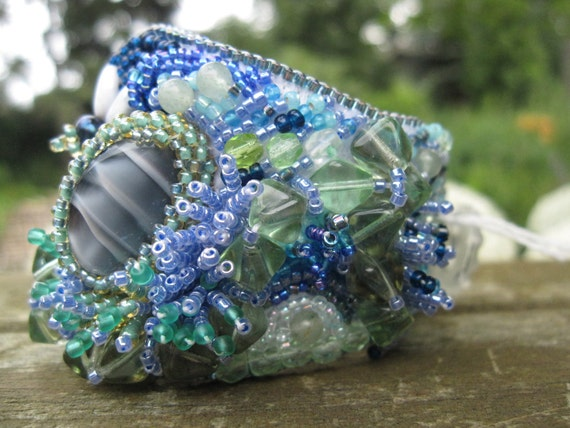 Bead Embrodery Bracelet - Green and Blue