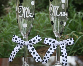 Mr. and Mrs. Champagne Flutes, A Great Wedding Gift