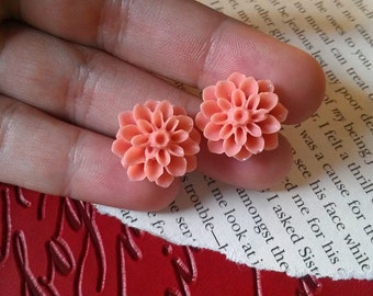SALE - Peach Pink Mum Spring Flower Post Earrings, Small Delicate Blush Flowers, Made From Hand-Carved Resin Mold, Free Gift Wrap