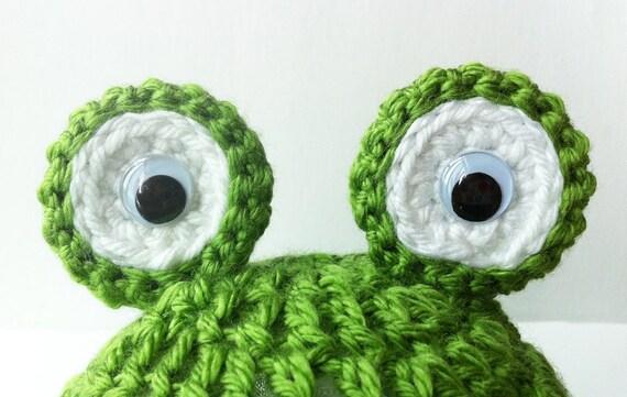 Baby Frog Hat, Green Crochet Beanie, Baby Boy Hat, Baby Boy Frog Hat, Baby Photo Prop, Baby Animal Hat