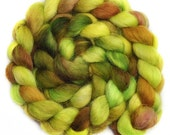 Hand painted roving - ELF GREEN - Wensleydale wool spinning fiber, 4.2 ounces