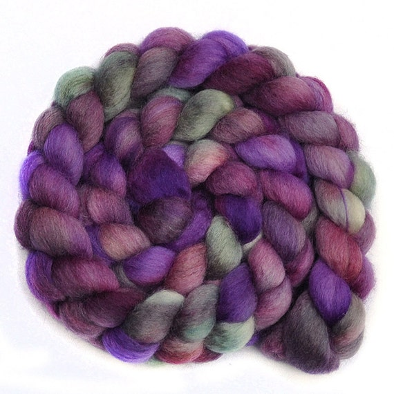 Hand painted roving - FADING MOUNTAINS - Blue Faced Leicester (BFL) wool spinning fiber, 4.2 ounces