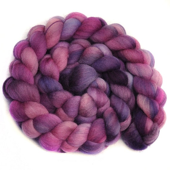 Handpainted roving - PROM DRESS - Falkland wool spinning fiber, 4.0 ounces