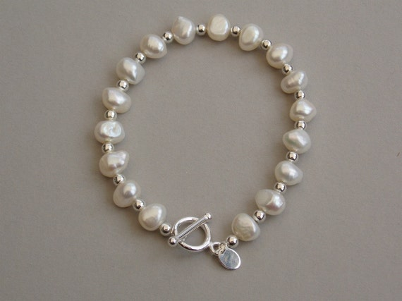 Pearl bracelet Sterling silver freshwater pearl bracelet Baroque pearls   Gift Box