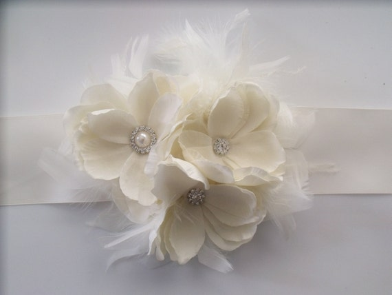 Wedding Bridal Sash - Romantic Antique Ivory Cream Flowers with Feathers - Rhinestone Centers - Satin Ribbon - Earrings