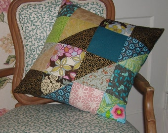 SALE  NOW 40 PERCENT offPretty Patchwork Pillow