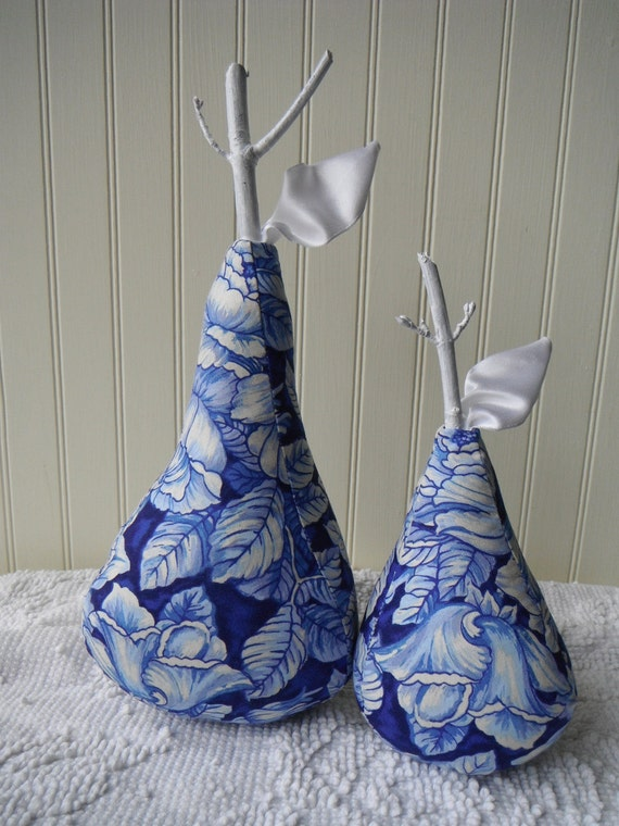 Fabric Pears Flow Blue China Home Decor Mantle Decorations Cottage Chic Country Classic Design French Country Rustic Set of 2 Sassy Pears