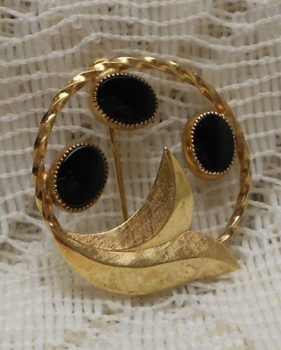 Vintage Brooch Gold and Black Onyx Signed Catamore