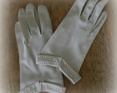 Vintage Set of Handmade Ladies Gloves Ivory Color With Cuff Beading