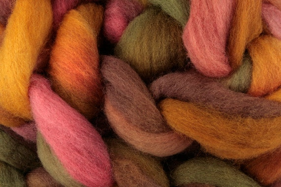 Hand-dyed Haunui New Zealand Halfbred combed wool roving (tops) - 100gr- Fallen Leaves