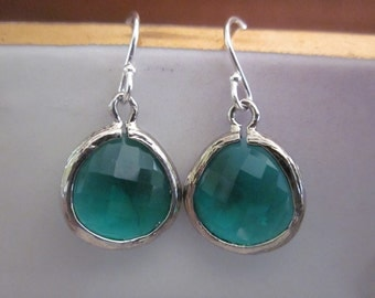 Silver Emerald Green Earrings Sterling Silver Earwires - Bridesmaid Earrings - Bridal Earrings