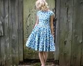 Vintage 1950s Women's  Blue Floral Madmen Tea Day Dress
