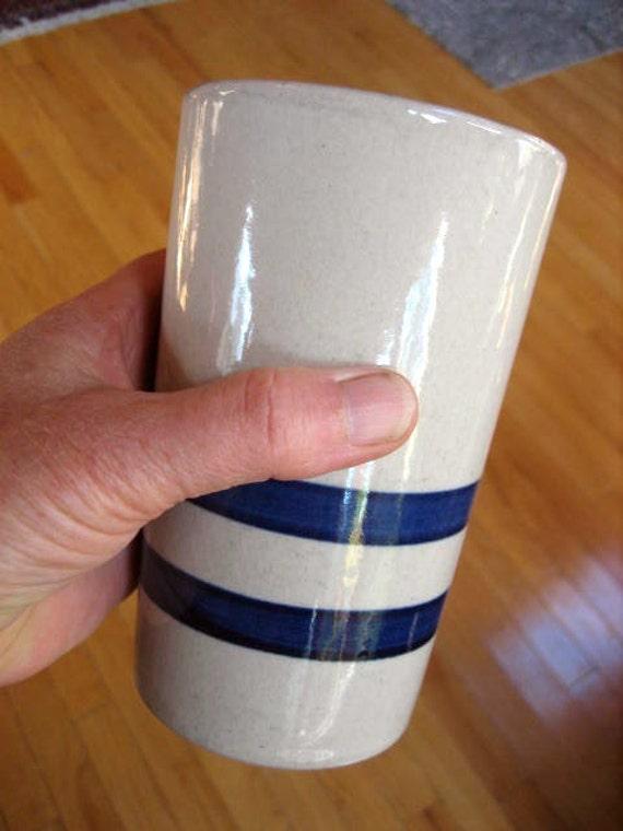 """RRPCo. Roseville Ohio 16 Oz Blue Stripe on White Stoneware Tumbler or Crock  5.5"""" Tall"""