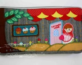 Cupcakes House Wallet