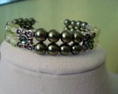 Green Pearl and Czech Glass Memory Wire Bracelet