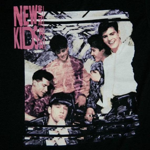 Vintage New Kids On The Block 1990 TOUR T Shirt DEADSTOCK
