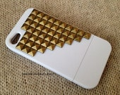 FREE Shipping US -- Gold Brass Studs White iPhone 4 4S Rubberized Matte Slide Studded Phone Case AT&T Verizon
