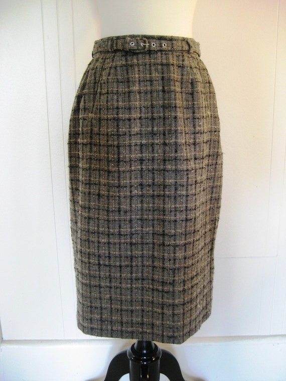 1950s Evan Picone pencil skirt with ARROW detail with belt