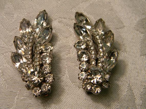 Vintage Rhinestone Swag Clip On Earrings