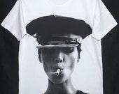 "Kate Moss Supermodel Fashion Icon Christy Punk Rock Retro White T-Shirt 42"" L"