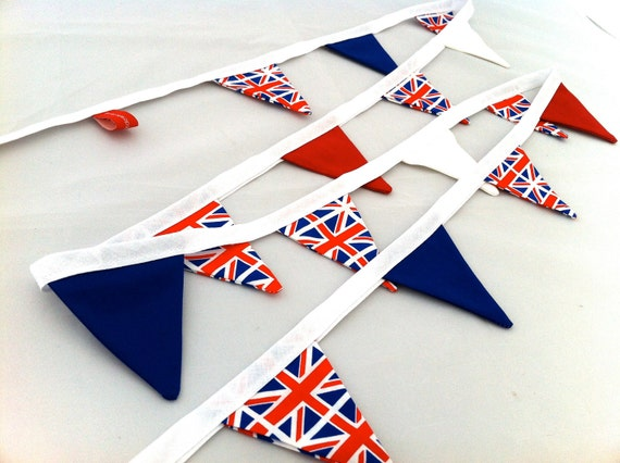 Union Jack Jubilee Mini Bunting perfect to celebrate Jubilee and Olympics 2012