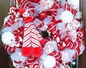 RED, WHITE and GIRAFFE Deco Mesh Christmas Wreath