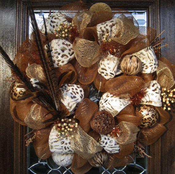 LEOPARD and FEATHERS MESH Wreath