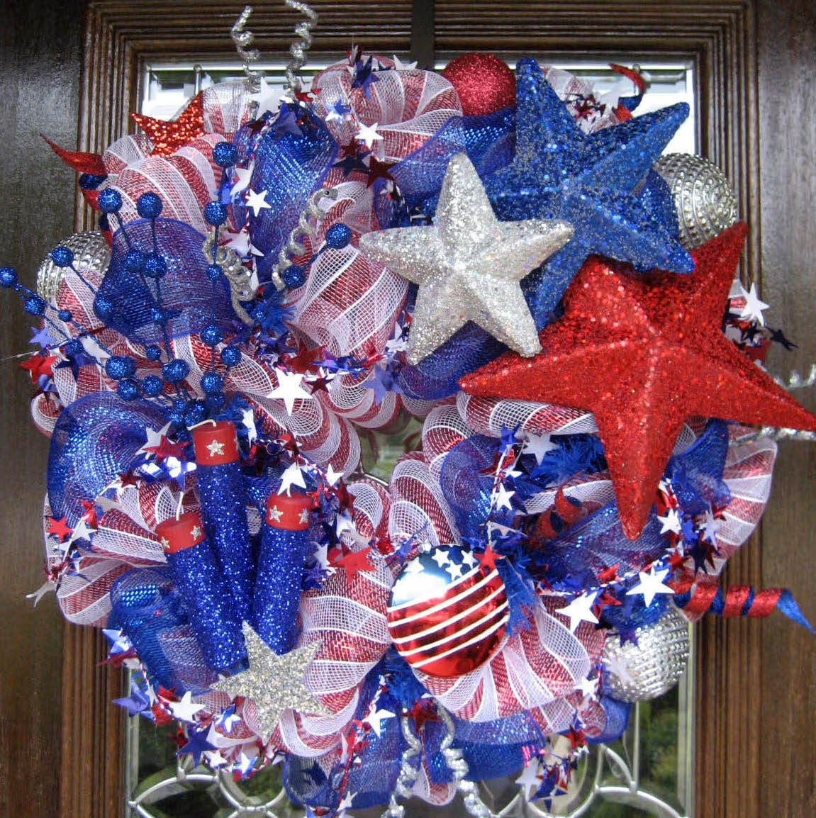 Firecrackers And Stars Deco Mesh Patriotic Wreath