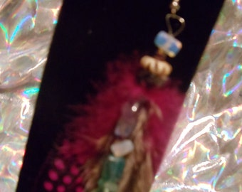 single pink feather with pearlescent beads earring