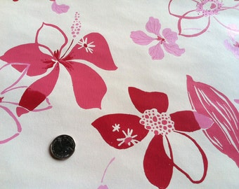 Vintage 1960s Wallpaper-Elegant Floral on Cream-by the yard