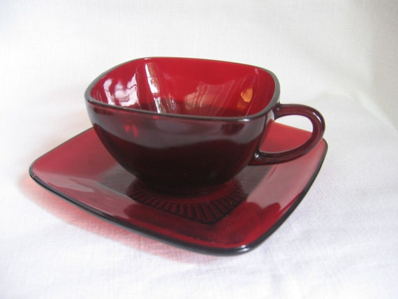 Vintage Red Glass Coffee Cups and Saucers Set of 3 Christmas Dishes
