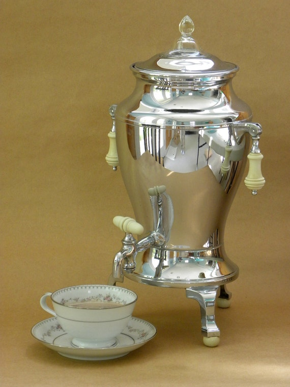 Universal Electric Percolator Coffee Pot Urn