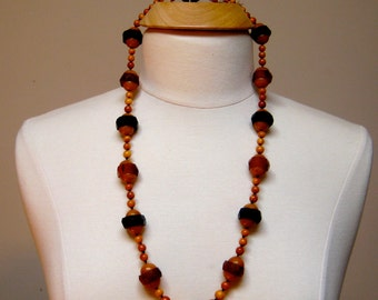 Necklace Bakelite Faceted  Black Yellow Beads Rare
