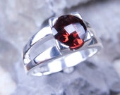 Garnet ring in sterling silver ring 1.7 ct. - ON SALE 30% off Valentines day gift