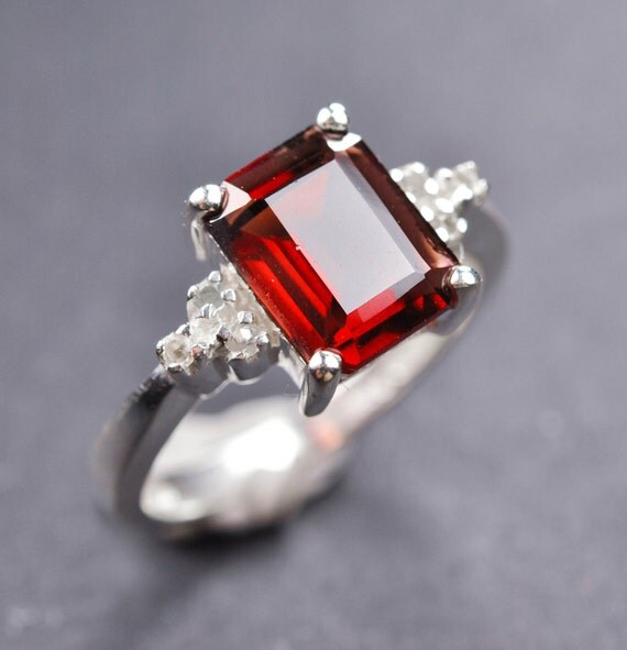 Garnet ring, 2.5 ct, sterling silver ring, gemstone ring, red, square, january birthstone, solitaire ring, clear topaz, prong setting