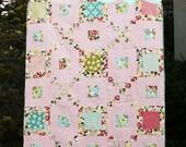 PDF Quilt Pattern / Modern/ Easy / Kenna's Blooms