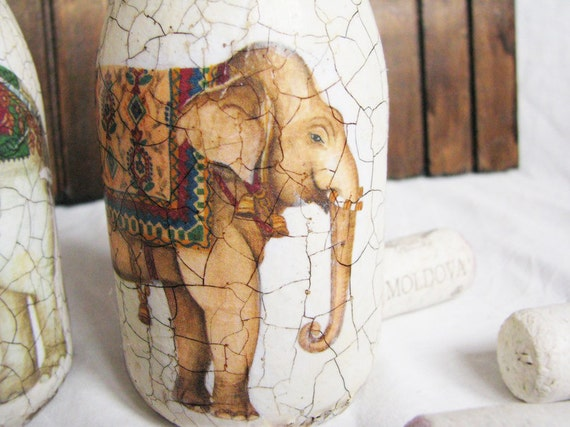 Autumn must have gift for her Recycled glass -  Three elephants vintage style rustic candleholders in ivory colors ready to ship