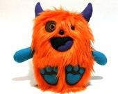 Reserved for VooDooRouX - Little bigfoot - orange