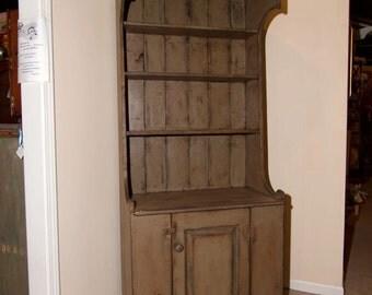 Shaker Sturbridge cupboard
