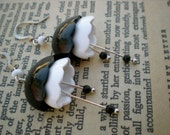 Black and White Lucite Earrings: Vintage Lucite Earrings
